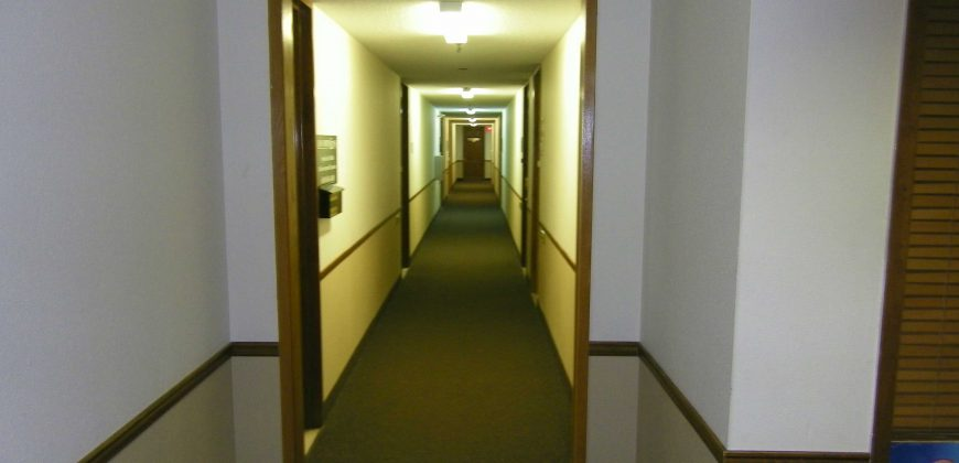 Espace Bureau à Louer – Suite 201