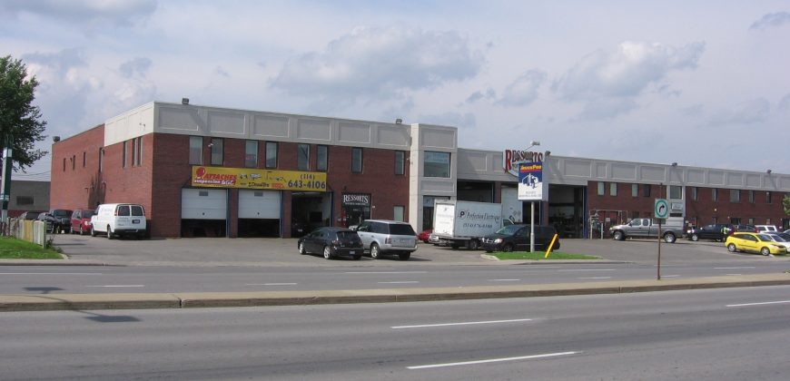 Vehicle Service Center (acquired right) for Lease